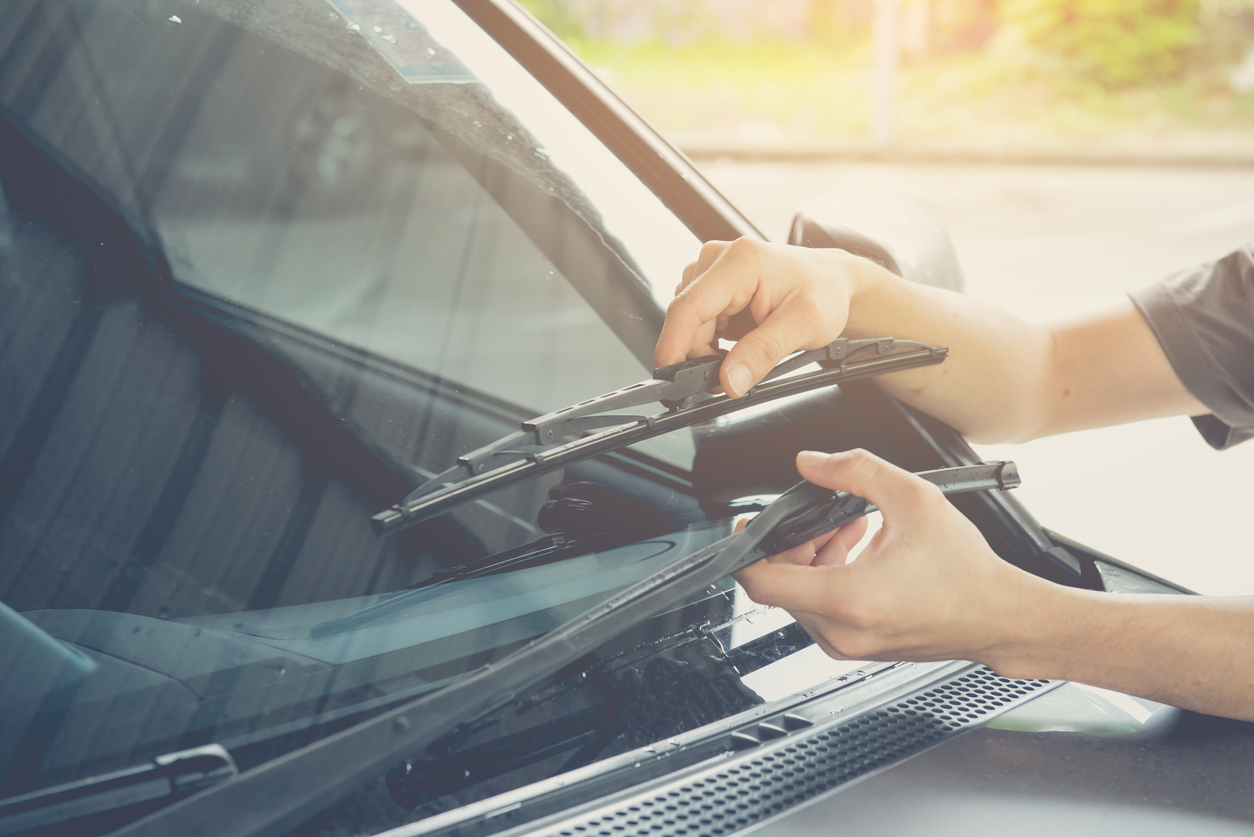 When Should I Change My Windshield Wiper Blades?