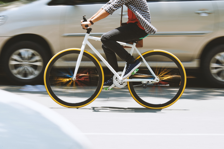 5 Ways Drivers Can Safely Share the Road With Bikes
